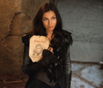 Muriel, the Bad Witch after Gretel's pure heart (Famke Janssen)