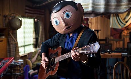 Frank (MIchael Fessbender)