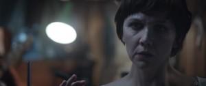 Clara (Maggie Gyllenhall)